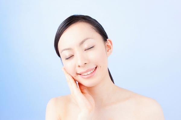 ニキビが出来やすい人の化粧水を選ぶ時の3つのコツ